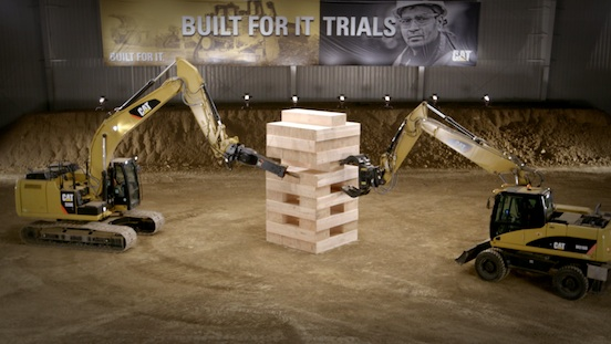 Caterpillar Videos Curtas Built For It Trails Prova