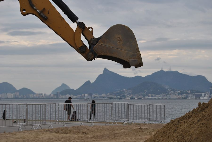 Buit for It Trails Sand Castle World Guinness Record Rio de Janeiro, Brazil, Caterpillar