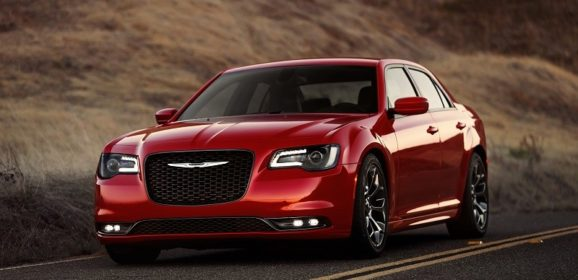 L.A.: novo Chrysler 300C 2015